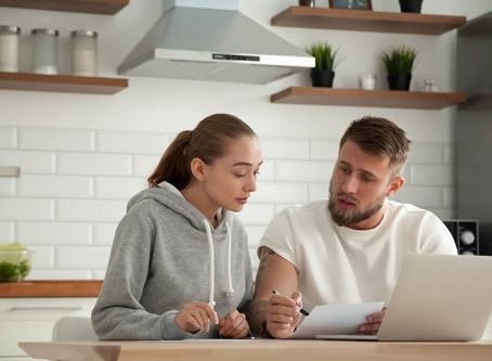 Younger Canadians more likely to face new forms of debt
