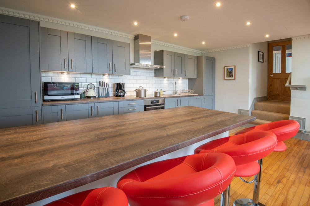 Kitchen and breakfast bar, The Five Turrets