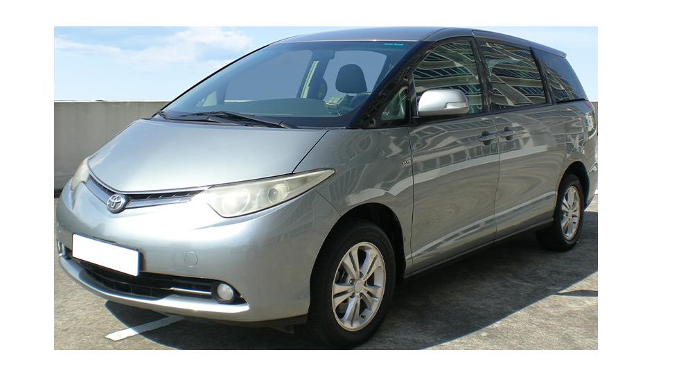 Toyota Previa 2.4A 8-Seater (COE till 03/2022)