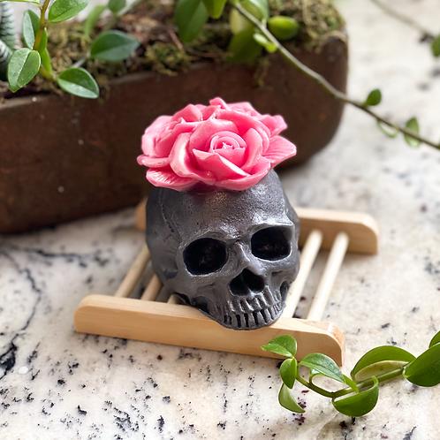 Skull W/ Roses Soap
