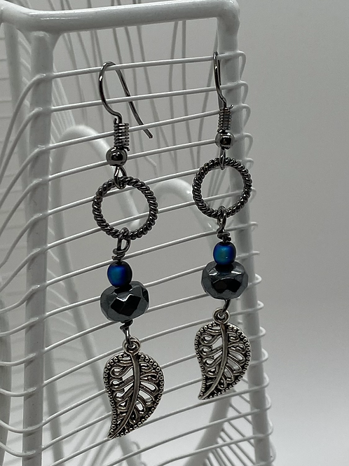 Un-be-leaf-able earrings