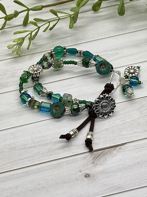 Suede & Button Close Boho Bracelet-Green/Teal