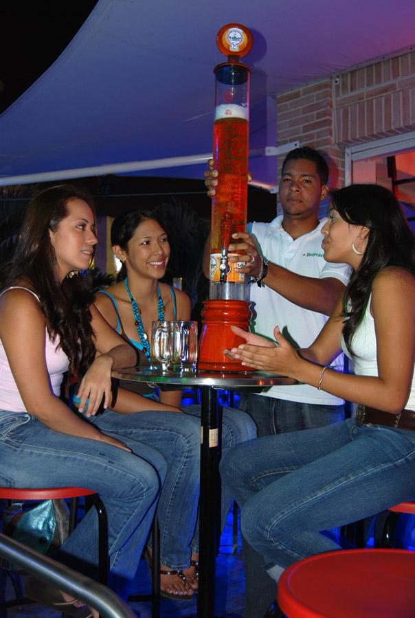 torrebebidas-jirafas-cerveceras-10