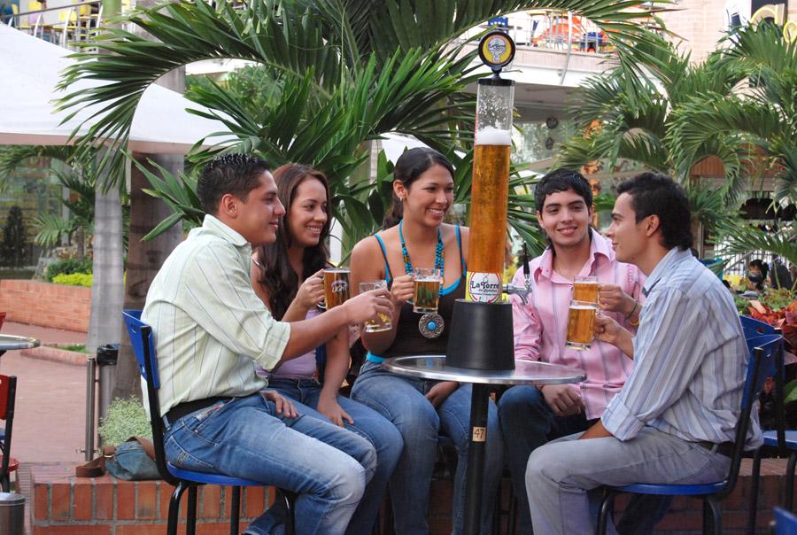 torrebebidas-jirafas-cerveceras-2