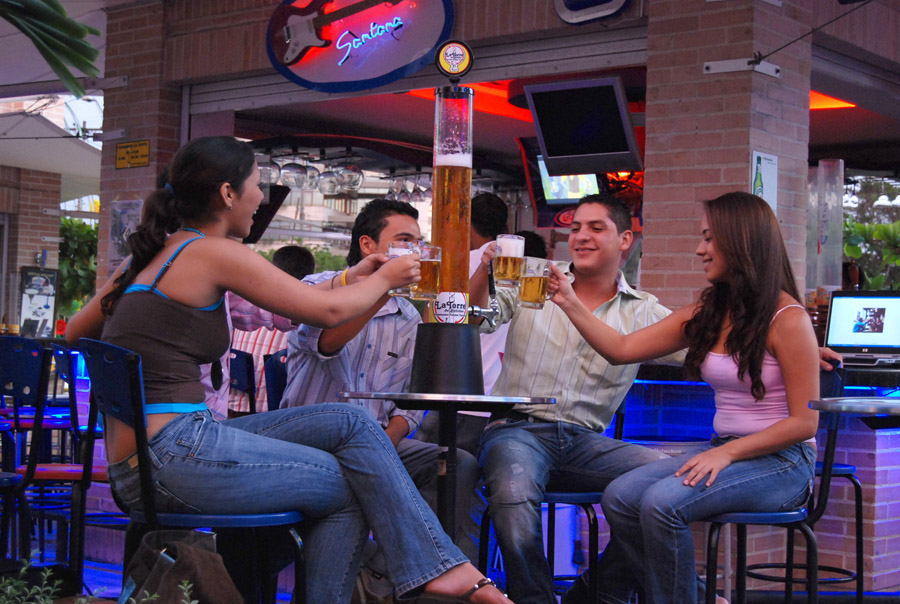 torrebebidas-jirafas-cerveceras-4