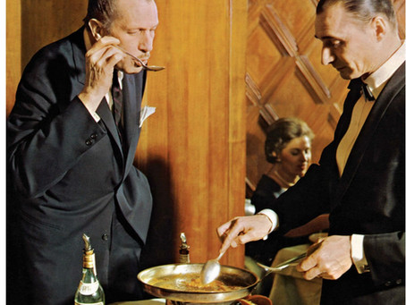 Cooking Like the Stars: Vincent Price's  Pineapple Nut Bread