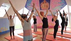 yoga-retreat-paa-moen.png