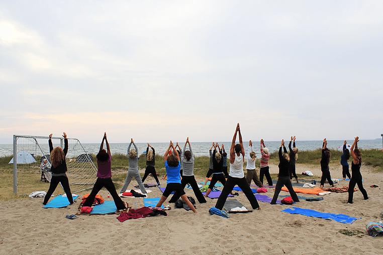 yoga-ude.png