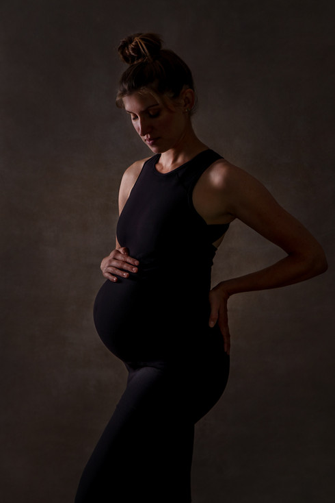 fine art portrait pregnant woman by fleu