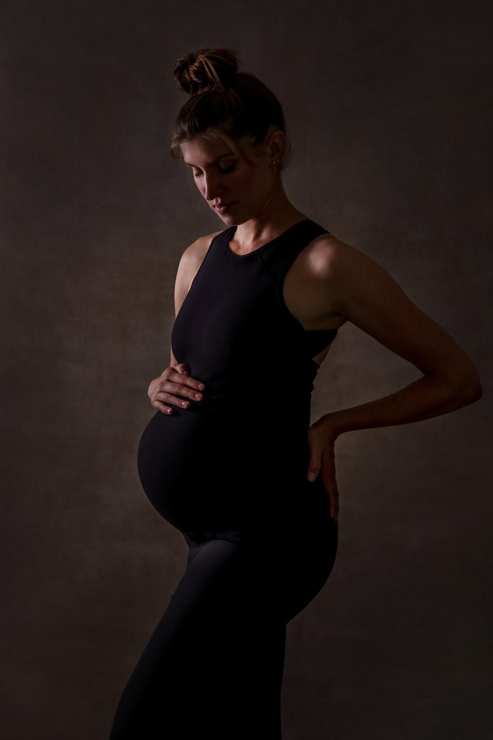 fine art portrait pregnant woman by fleu