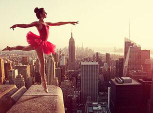 Ballet Dancer in front of New York Skyli