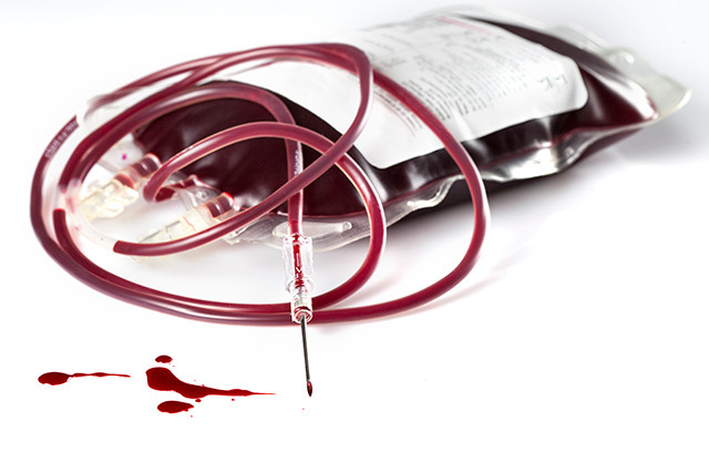 Blood donation bag syringe needle