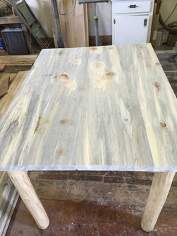 Pine Dining Room Tables