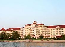 Boyne FB retargeting_Inn at Bay Harbor.p