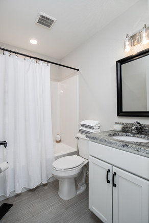 Guest Bathroom at Parkside at Williams Lake