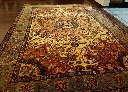 Most beautiful Persian Tafresh Rug ever seen!