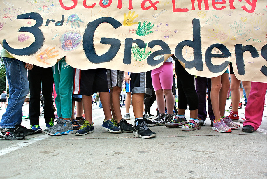 3 WALKATHON_3rdGrade_banner_feet.JPG