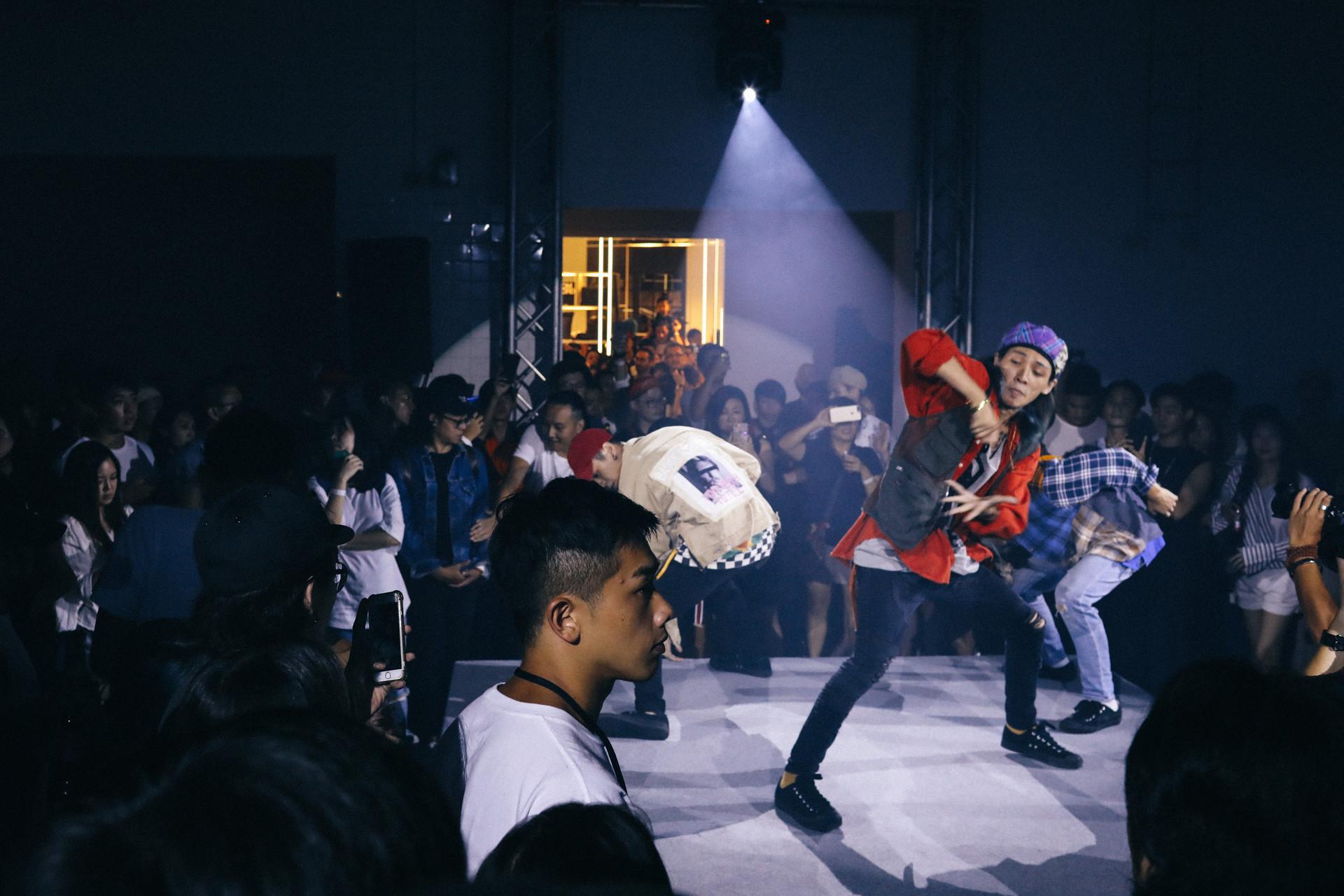 舞蹈秀.jpg