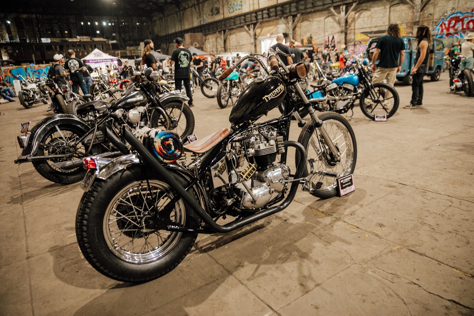 glory-daze-motorcycle-chopper-show-vinta