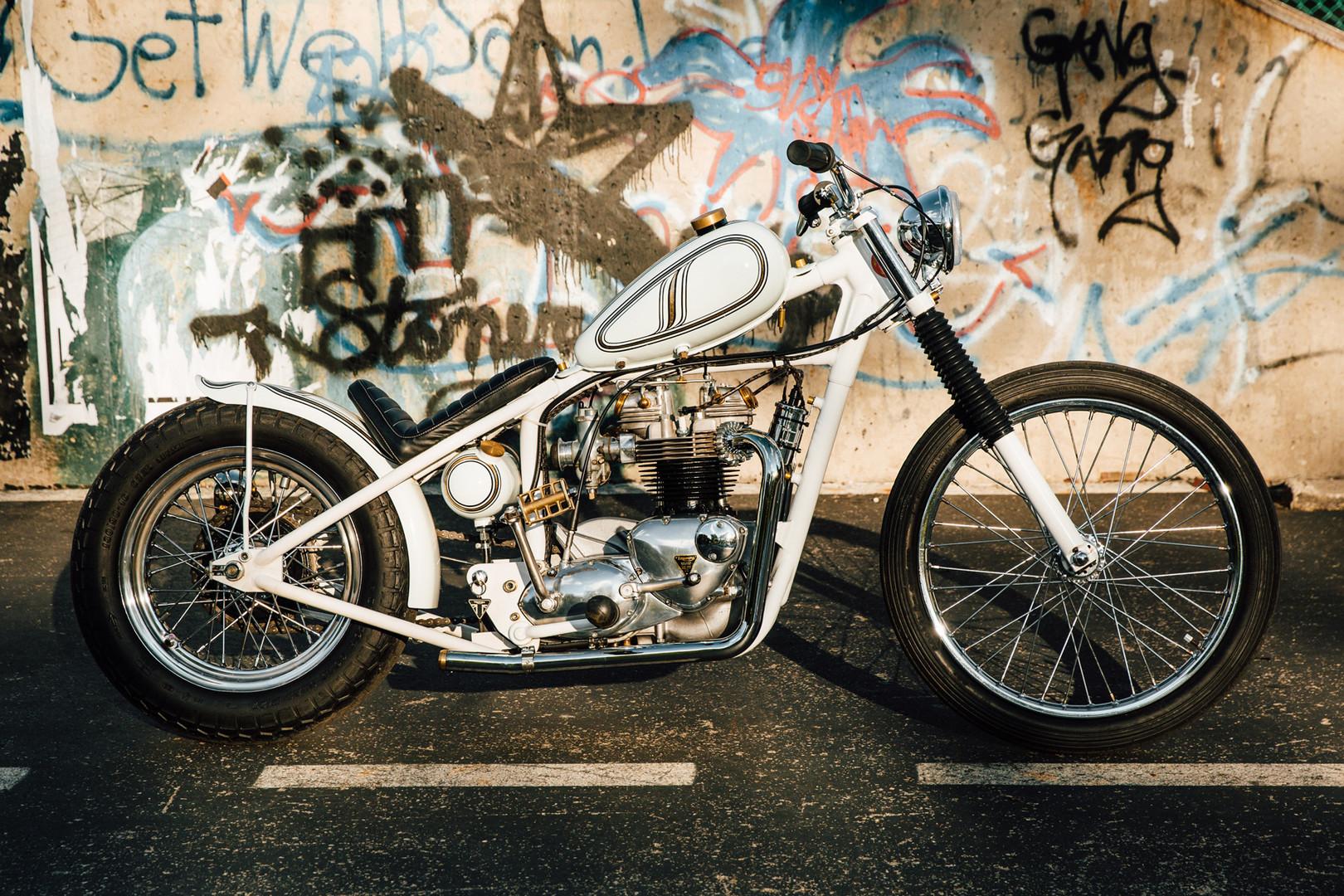 Revelry-Custom-Cycles-Triumph-bobber-Pit