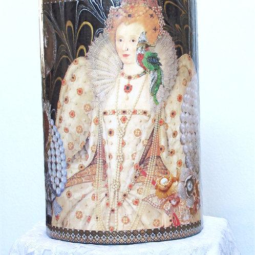 Queen Elizabeth 1 in Orange