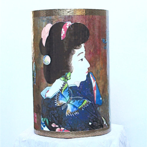 Geisha with the Red Hair Band