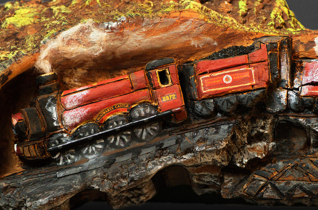 LJC-Hogwarts_Express-Front_Close.jpg