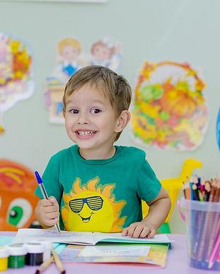 Enfant à l'école.jpg