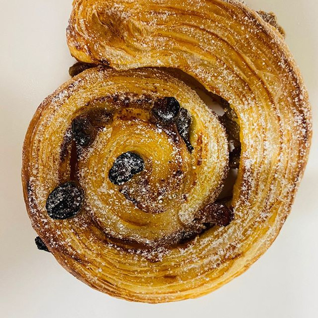 Pain aux raisins. A classic but deliciou