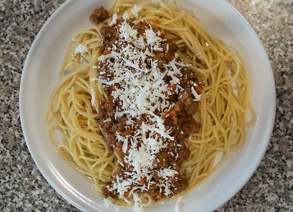 Spaghetti a la Bolognesa (Chef Diana Rosales)