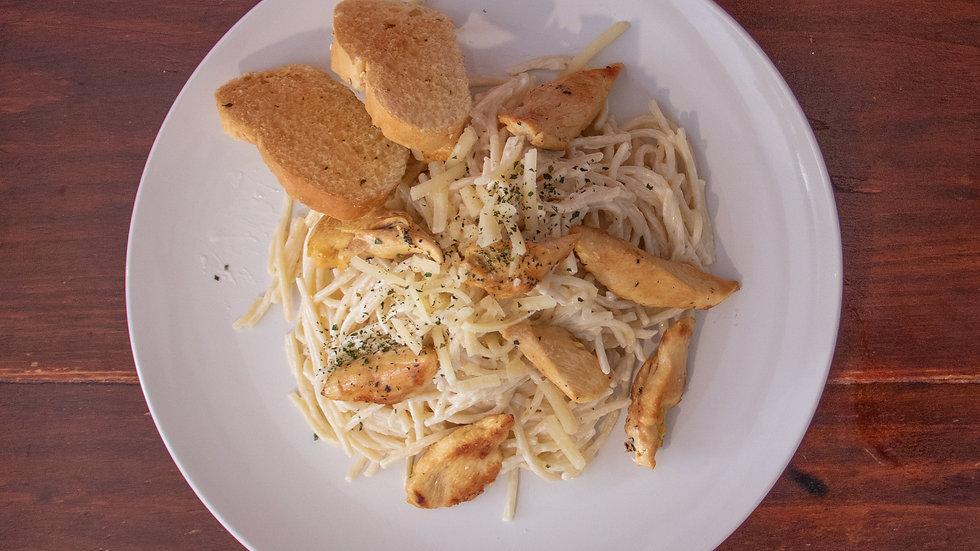 Spaghetti al Pesto  con Pollo Asado (Chef Oscar Alvarado)