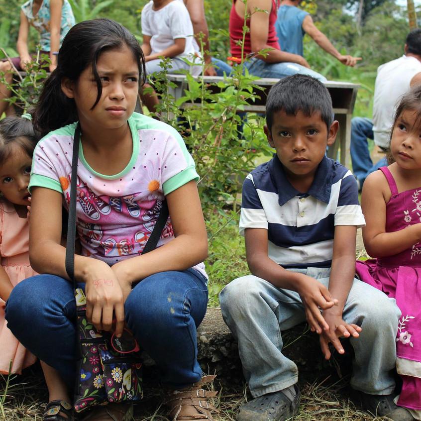 four kids waiting