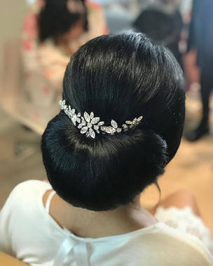 Romantic brides will love this delicate