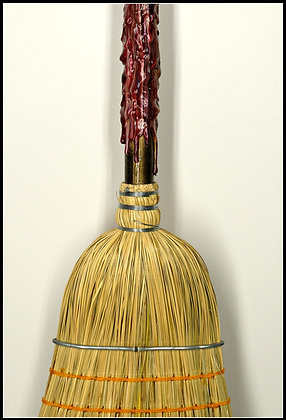 Broom - Red