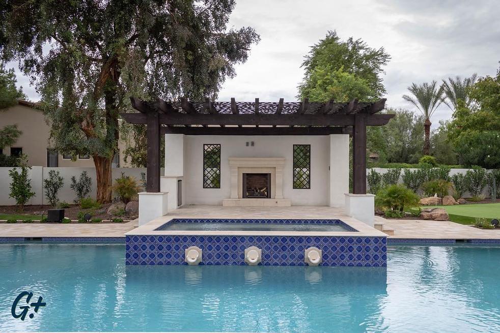 2018-10-30 Paradise Valley -raised spa +pergola.jpg