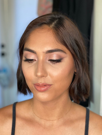 Light and fresh beauty glam