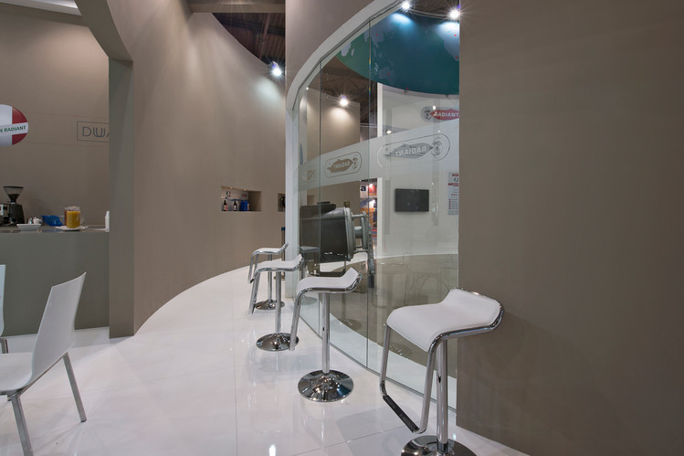 Radiant Booth