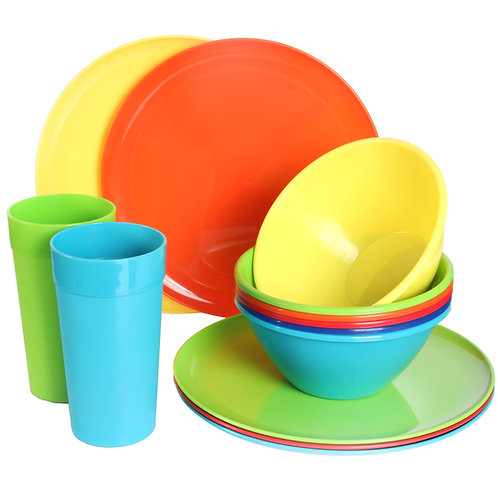 Youngever 18-Piece Plastic Kitchen Dinnerware Set, Plates, Dishes, Bowls, Cups,