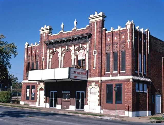 Photo of the Kingsland movie theatre before it was demolished in 1997.