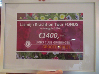 Jasmijn Kracht on Tour FONDS krijgt € 1400,-