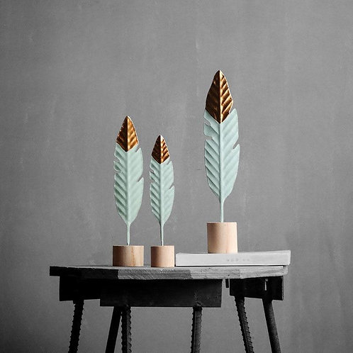 Modern Feather Wooden Miniature Figurines