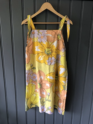 One-of-a-kind: Vintage Daffodil Sheet Apron Dress