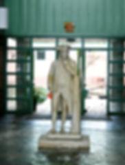 franklin statue_edited.jpg