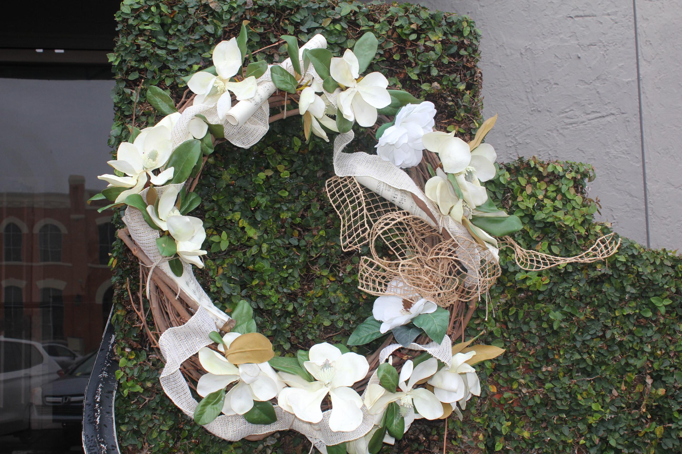 Magnolias & White Linen 2020