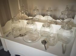 cart_withglassware2