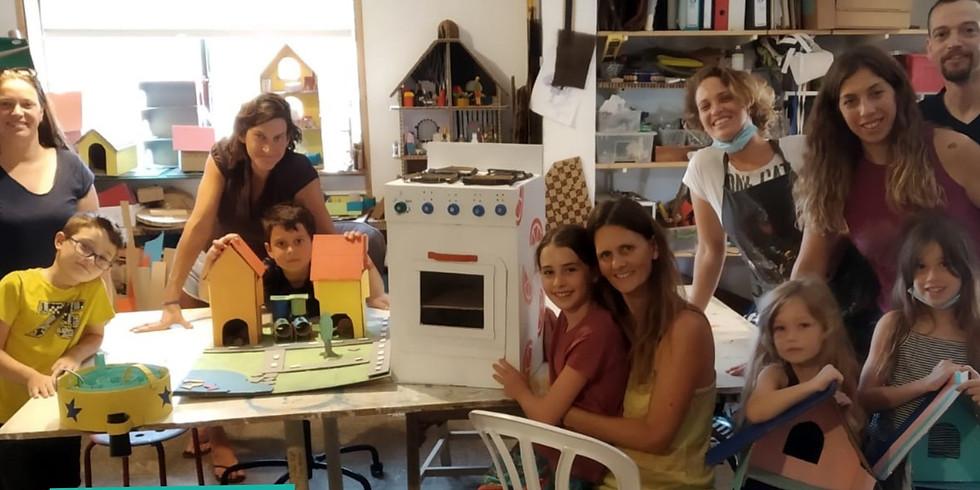 ספיישל פורים בקרטון סטודיו - הכנת תחפושות לילדים