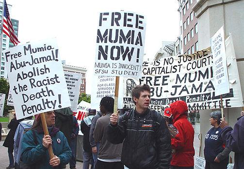 MumiaOakland.jpg