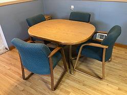 Oval dinette table.jpeg