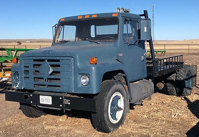 86 IHC S1700 truck.jpeg