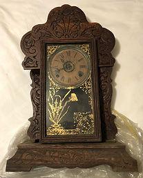 Antique clock.jpeg